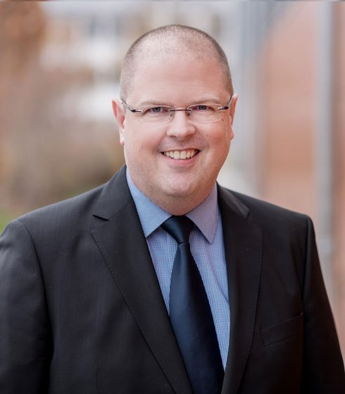Dr. Thomas Brandl